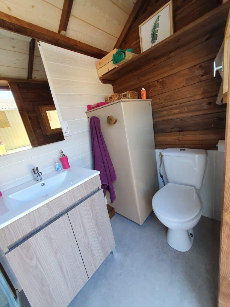toilette sanitaire sur emplacement